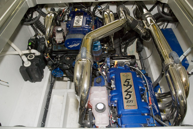 Click image for larger version  Name:fountain 35 engine.jpg Views:129 Size:108.0 KB ID:30358