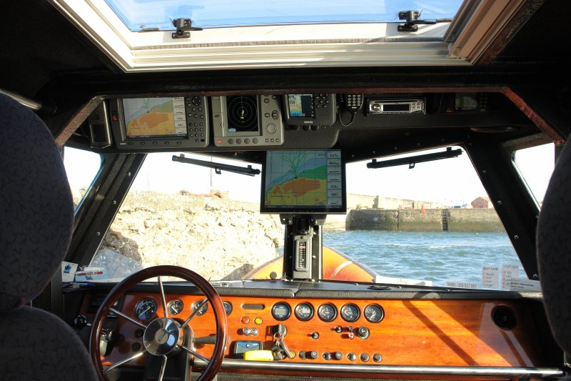 Click image for larger version  Name:Monitor in boat x800.jpg Views:170 Size:95.5 KB ID:32655