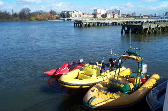 Click image for larger version  Name:thames4.jpeg Views:492 Size:125.2 KB ID:336