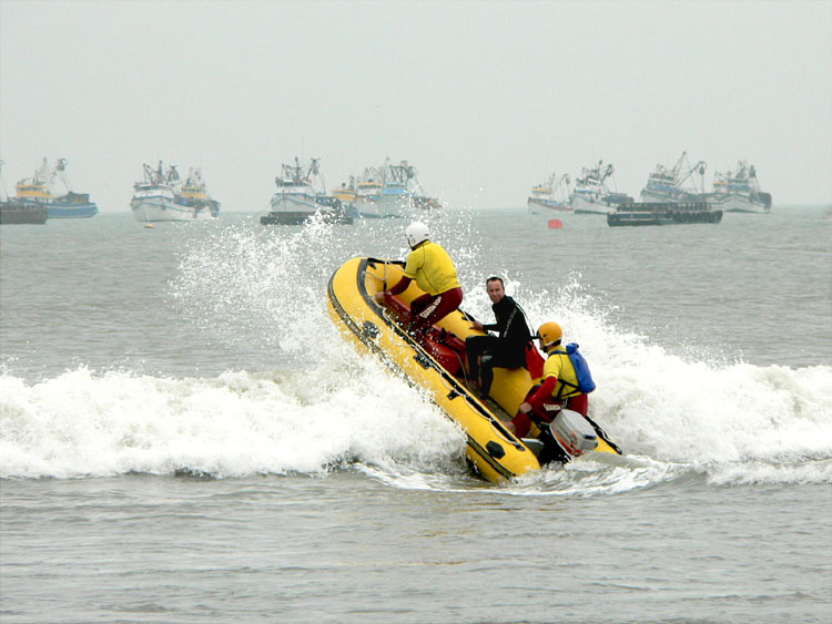 Click image for larger version  Name:Surf Rescue 1.JPG Views:463 Size:85.7 KB ID:34811