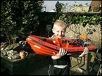 Click image for larger version  Name:.JPGmodel boat garden.jpg Views:190 Size:72.8 KB ID:35560