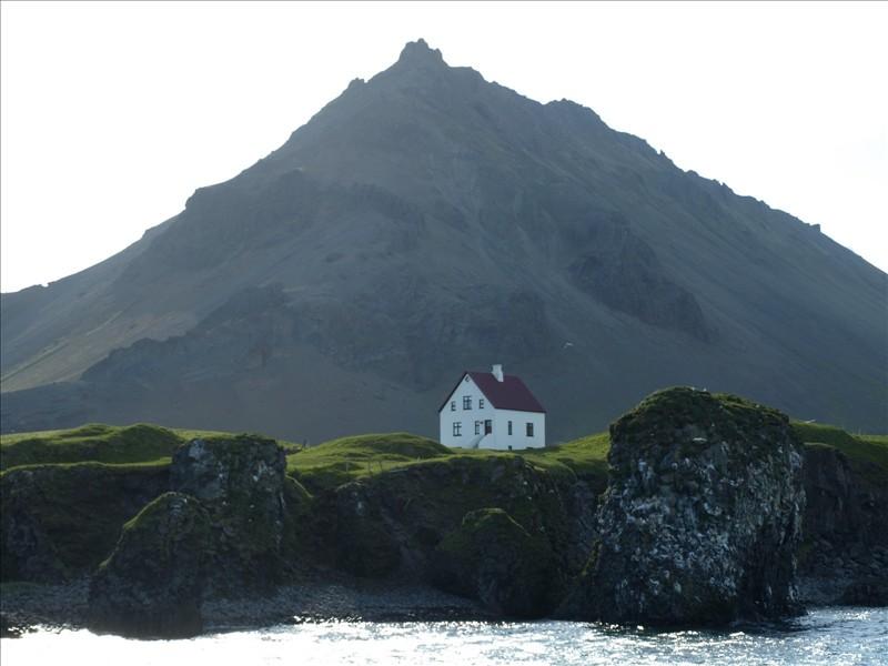 Click image for larger version  Name:Olafsvik - Talknafjordur 03.jpg Views:118 Size:94.2 KB ID:35743