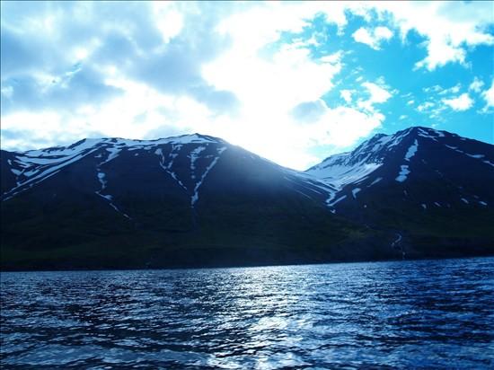 Click image for larger version  Name:Akureyri - Grimsey - Husavik 04.jpg Views:97 Size:82.0 KB ID:35870