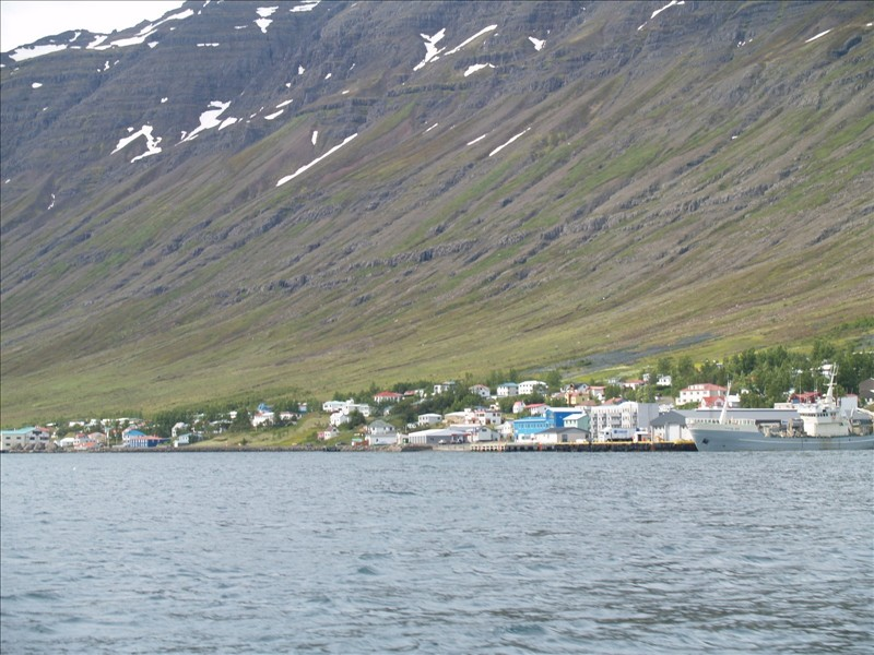 Click image for larger version  Name:Seydisfjordur - Eskifjordur 08.jpg Views:84 Size:154.8 KB ID:35998