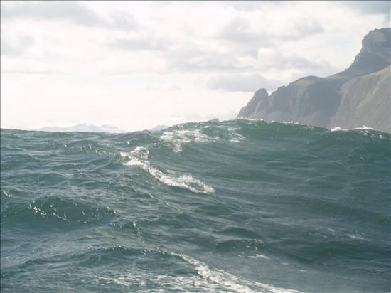 Click image for larger version  Name:Eskifjordur - Hofn 08.jpg Views:87 Size:57.6 KB ID:36024