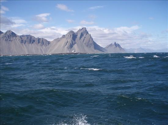 Click image for larger version  Name:Eskifjordur - Hofn 09.jpg Views:88 Size:59.4 KB ID:36025