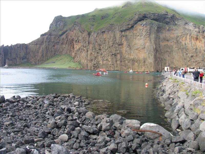 Click image for larger version  Name:Vestmannaeyjar 02.jpg Views:102 Size:158.2 KB ID:36158