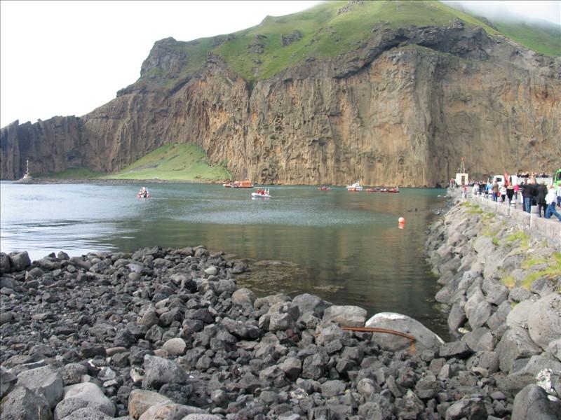 Click image for larger version  Name:Vestmannaeyjar 03.jpg Views:82 Size:162.9 KB ID:36159