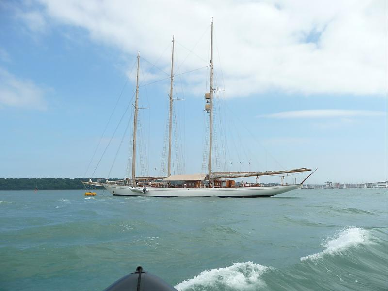 Click image for larger version  Name:classic boats 08 002.jpg Views:153 Size:39.8 KB ID:36491