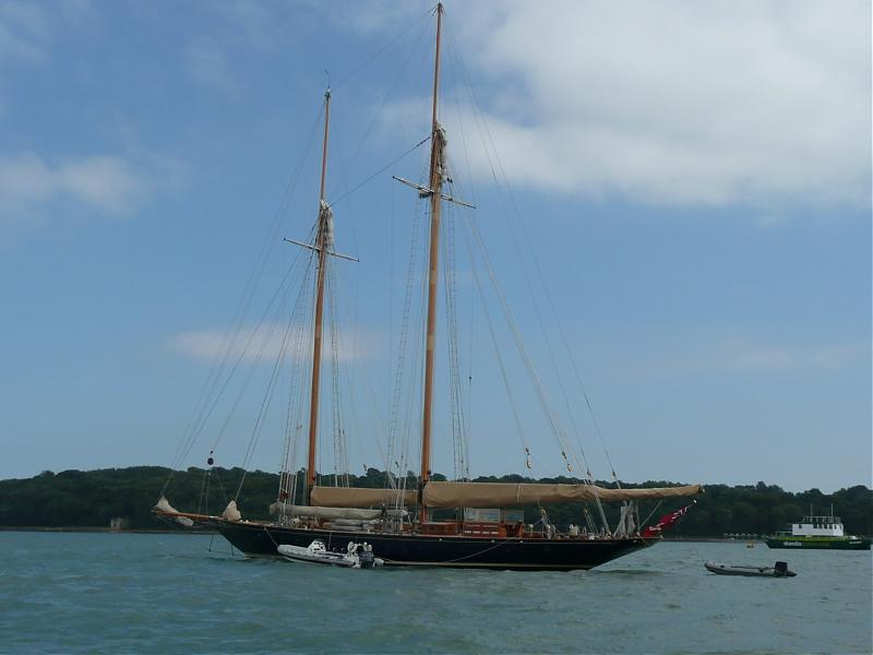 Click image for larger version  Name:classic boats 08 006.jpg Views:170 Size:36.6 KB ID:36492