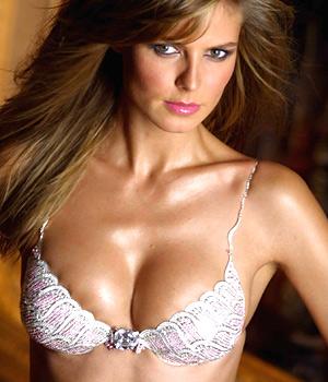 Click image for larger version  Name:Heidi Klum.jpg Views:115 Size:43.8 KB ID:37005