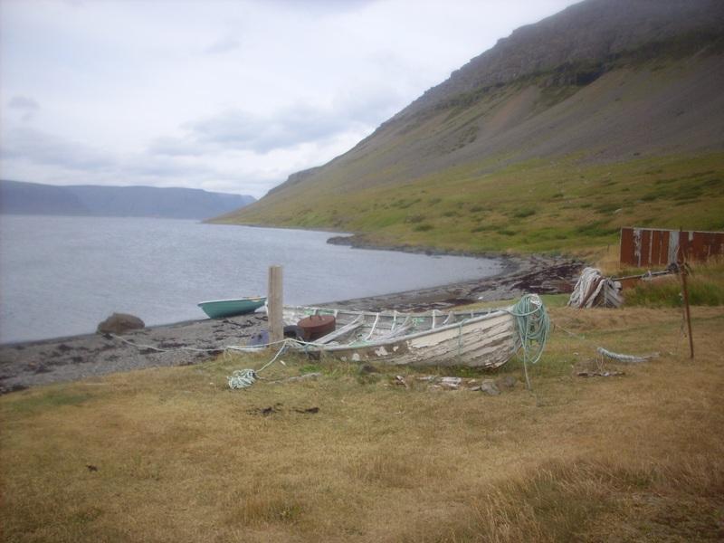 Click image for larger version  Name:Arnarfjörður 08.2008 971lítil.jpg Views:194 Size:135.9 KB ID:37039