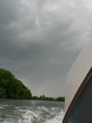 Click image for larger version  Name:stormy-weather+260.JPG Views:154 Size:12.6 KB ID:37199