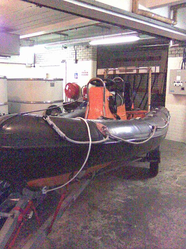 Click image for larger version  Name:Boat 2.jpg Views:164 Size:122.1 KB ID:38477