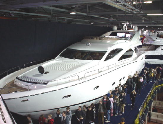 Click image for larger version  Name:my new sunseeker82a.jpg Views:466 Size:50.0 KB ID:4057