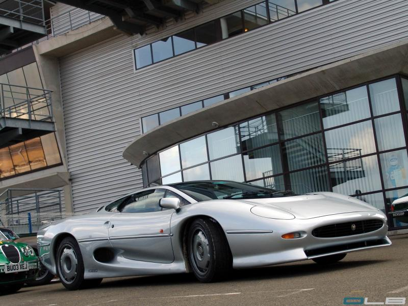 Click image for larger version  Name:XJ_220_DSC07886.jpg Views:105 Size:89.5 KB ID:41471