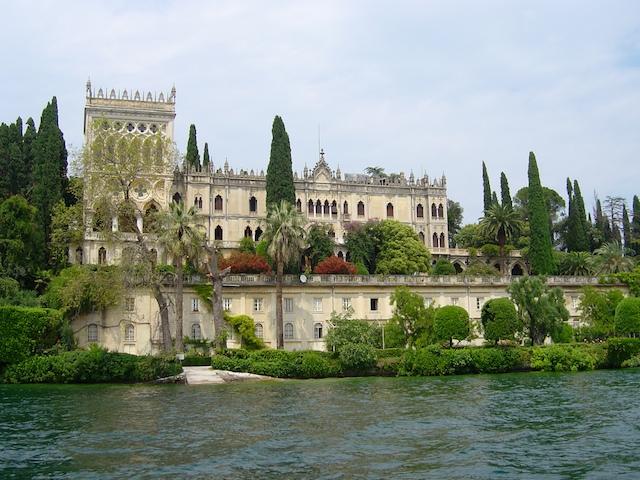 Click image for larger version  Name:Italy Lake Garda 078 - Version 2.jpg Views:277 Size:170.0 KB ID:42221