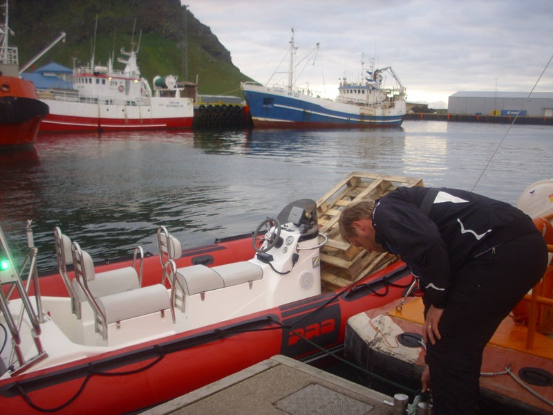 Click image for larger version  Name:RIBbaldar Vestmannaeyjar j�l� 2009 136.jpg Views:140 Size:175.7 KB ID:44113