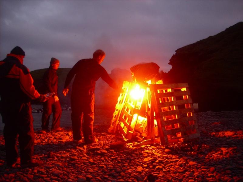 Click image for larger version  Name:RIBbaldar Vestmannaeyjar j�l� 2009 480.jpg Views:109 Size:167.0 KB ID:44176