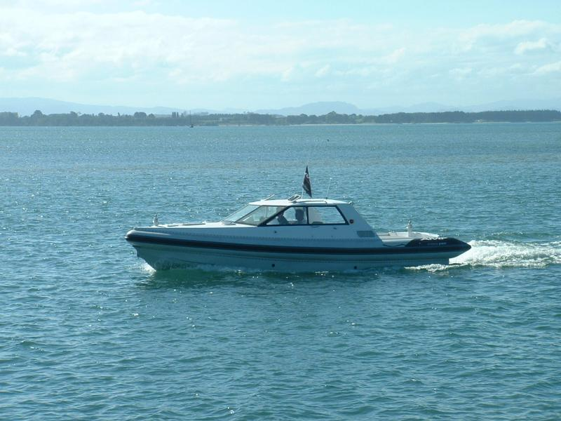 Click image for larger version  Name:144 On water port side.jpg Views:122 Size:71.4 KB ID:44244