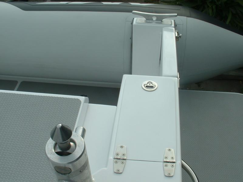 Click image for larger version  Name:144 Transom top close up.jpg Views:113 Size:41.2 KB ID:44253