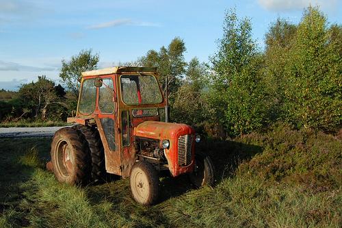 Click image for larger version  Name:Bog Tractor.jpg Views:134 Size:161.9 KB ID:44528