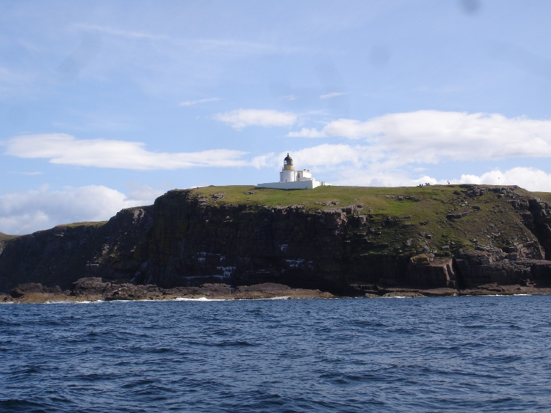 Click image for larger version  Name:lighthouse 1.jpg Views:90 Size:216.1 KB ID:44700