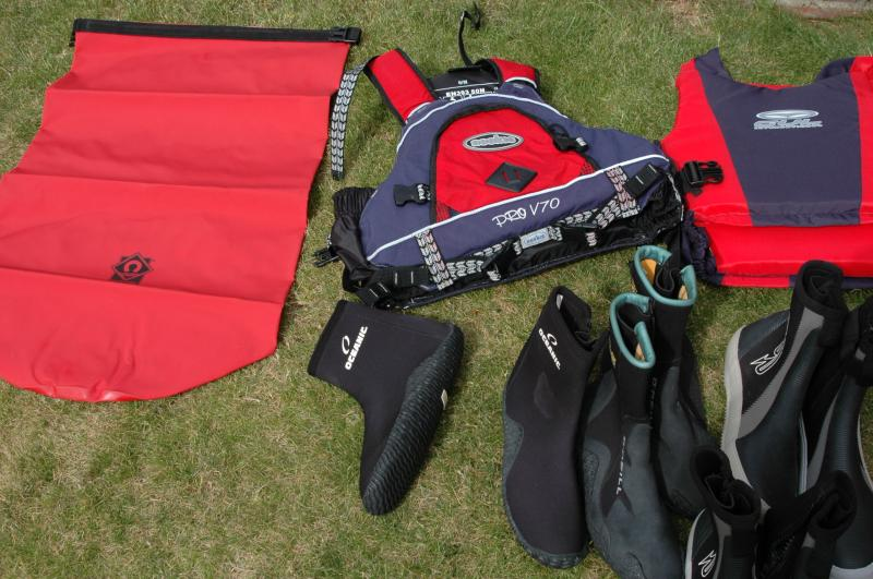 Click image for larger version  Name:boating gear 002.jpg Views:125 Size:75.2 KB ID:45498