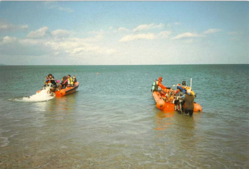 Click image for larger version  Name:boats underway.jpg Views:101 Size:47.4 KB ID:46002