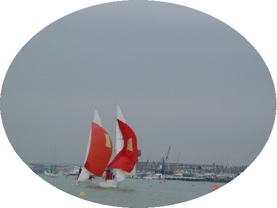 Click image for larger version  Name:solent cruise paddy\'s day 3 cowes i.jpg Views:169 Size:28.2 KB ID:4664