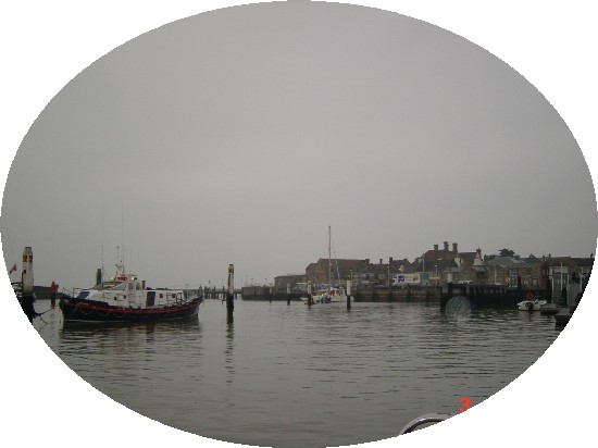 Click image for larger version  Name:solent cruise paddy\'s day 5 yarmouth 4 023.jpg Views:193 Size:34.4 KB ID:4665