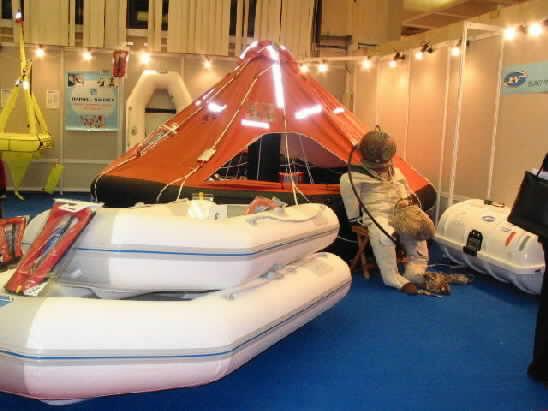 Click image for larger version  Name:liferaft athens spring 2004 boat show0002.jpg Views:384 Size:25.9 KB ID:4860