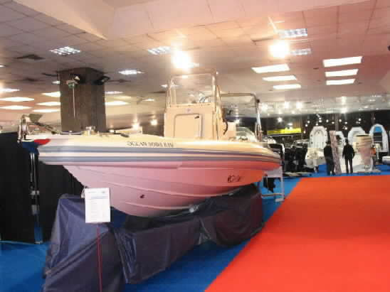 Click image for larger version  Name:oceanic soda athens spring 2004 boat show0029.jpg Views:378 Size:21.9 KB ID:4875