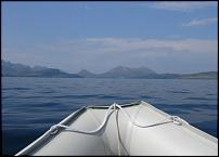 Click image for larger version  Name:Boat between Skye and Rum.jpg Views:131 Size:35.5 KB ID:51937