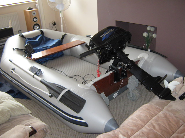 Click image for larger version  Name:boat.JPG Views:202 Size:106.7 KB ID:52632