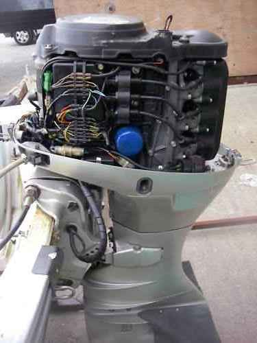 Click image for larger version  Name:Honda 40 cover off.jpg Views:142 Size:18.3 KB ID:54364