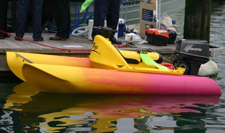 Click image for larger version  Name:sportsboatandrib show may 2004 035.jpg Views:574 Size:75.9 KB ID:5469
