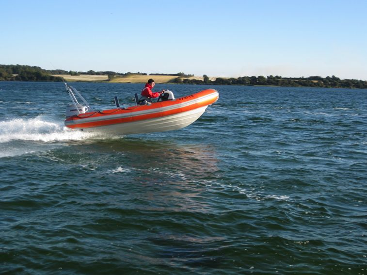 Click image for larger version  Name:Resized ribcraft 1-0000.jpg Views:226 Size:69.7 KB ID:56641