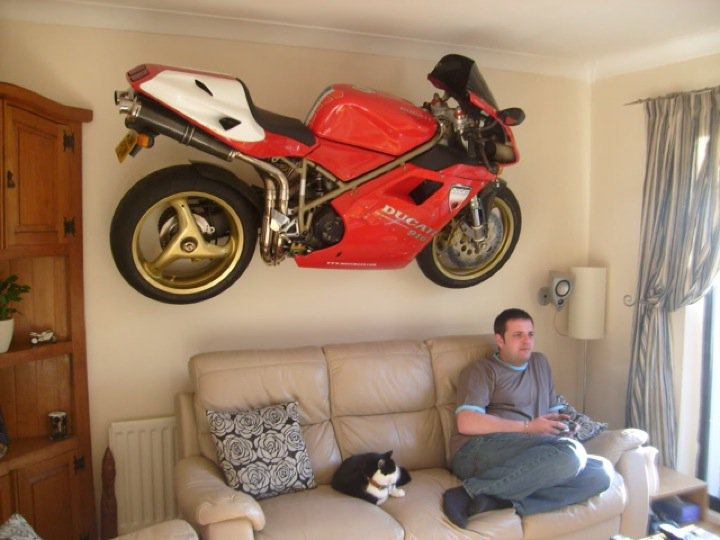Click image for larger version  Name:motorcycle.jpg Views:167 Size:64.3 KB ID:58615