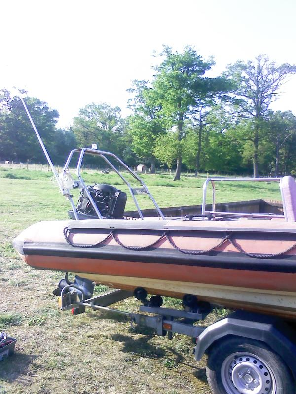 Click image for larger version  Name:my boat pictures 003.jpg Views:91 Size:98.9 KB ID:58864