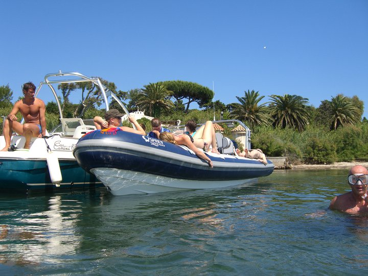 Click image for larger version  Name:St Tropez 9.jpg Views:223 Size:90.8 KB ID:59791
