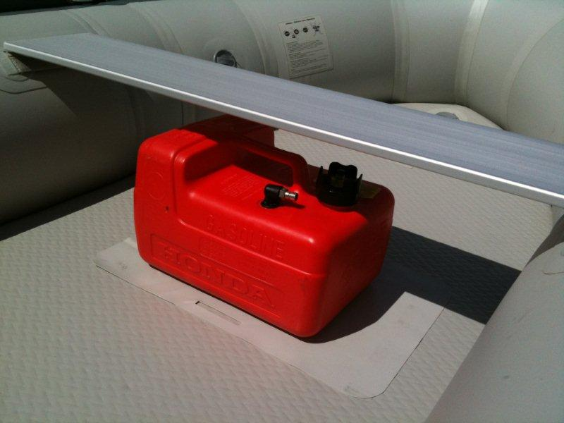 Click image for larger version  Name:Fuel Tank #2.jpg Views:80 Size:49.2 KB ID:59793