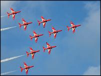 Click image for larger version  Name:Red Arrows 3.jpg Views:101 Size:26.3 KB ID:61444