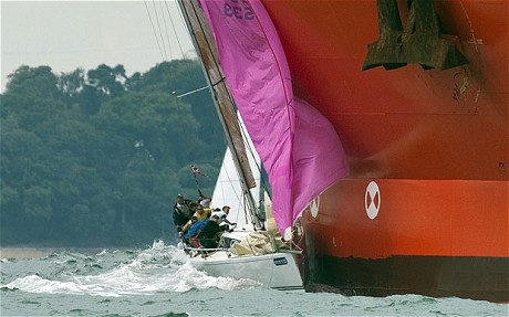Click image for larger version  Name:Cowes-1_1965927c.jpg Views:190 Size:38.8 KB ID:61453
