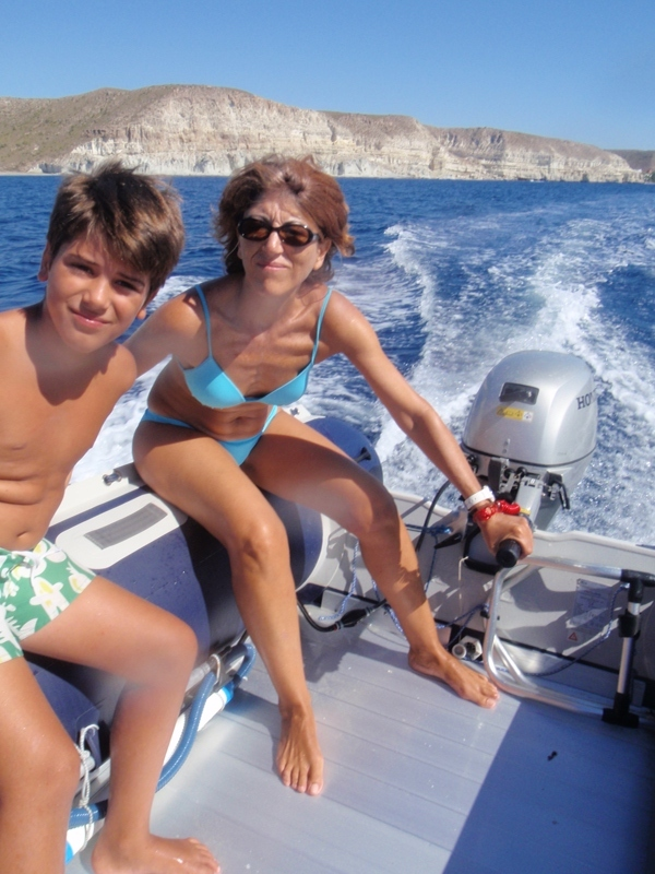 Click image for larger version  Name:BoatingCaladeEnmedio.JPG Views:336 Size:257.4 KB ID:62930