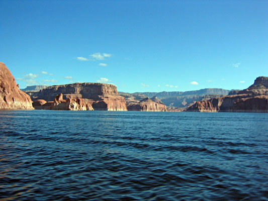 Click image for larger version  Name:lake-powell-view.jpg Views:127 Size:50.6 KB ID:63851