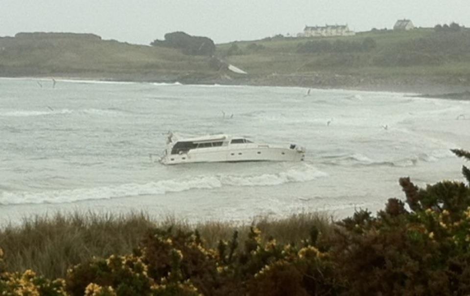 Click image for larger version  Name:Alderney wreck.jpg Views:229 Size:54.8 KB ID:67686