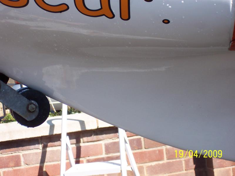Click image for larger version  Name:hull%20filled%20and%20epoxy%20finished.jpg Views:163 Size:39.8 KB ID:67761