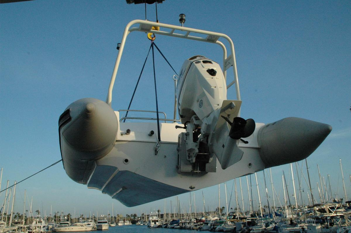 Click image for larger version  Name:Harpoon on hoist, stern quarter.jpg Views:295 Size:111.8 KB ID:68307