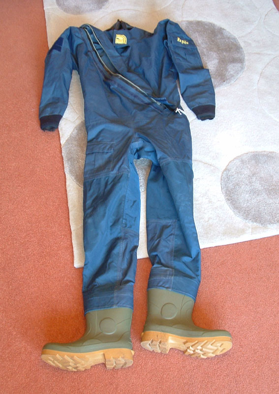 Click image for larger version  Name:Drysuit RS Rapide.jpg Views:95 Size:124.5 KB ID:69509